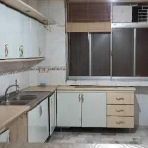 آپارتمان ۱۲۶ متری در میدان امام حسین